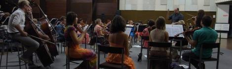 Bernhard Eder orchestrating Klaaspärlimäng Sinfonietta, Tallinn 2013