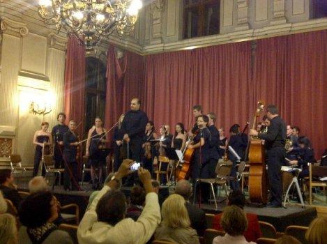 Bernhard Eder orchestrating Sinfonietta dell' Arte
